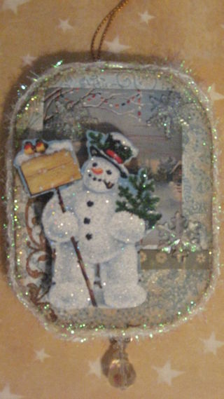 Mr. Frosty ornament by Yapping Cat