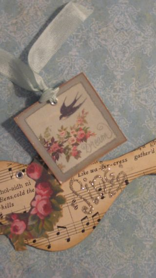 Dream tag and Bird with Roses/Sing tag by Yapping Cat Studio