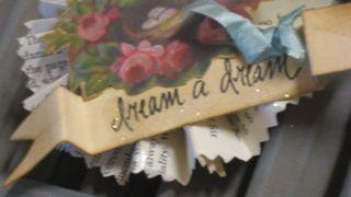 Dream a dream medallion with ribbon