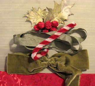 Vintage, velvety trim for the holidays!